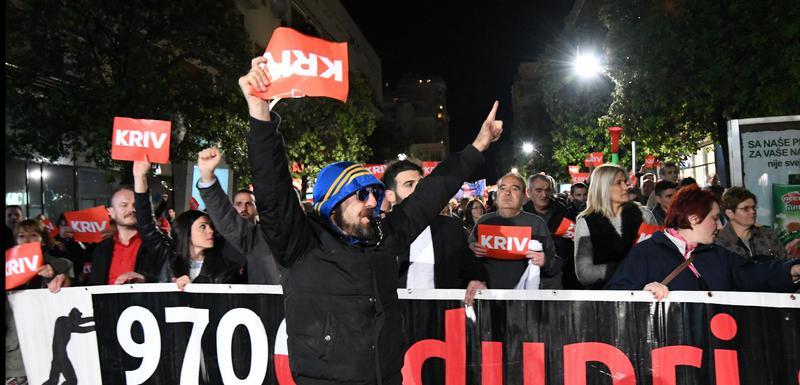 """Sa jednog od ranijih protesta pokreta """"Odupri se"""""""