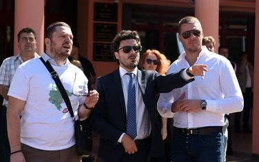 Abazović sa kolegama i eko aktivistima na jednom od portesta ispred zgrade ministarstva u Podgorici