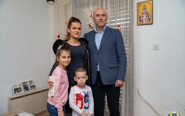 Božović sa djecom i Carević