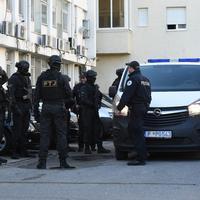 Uhapšena dvojica pomogača: Policija ispred Specijalnog tužilaštva (ilustracija)
