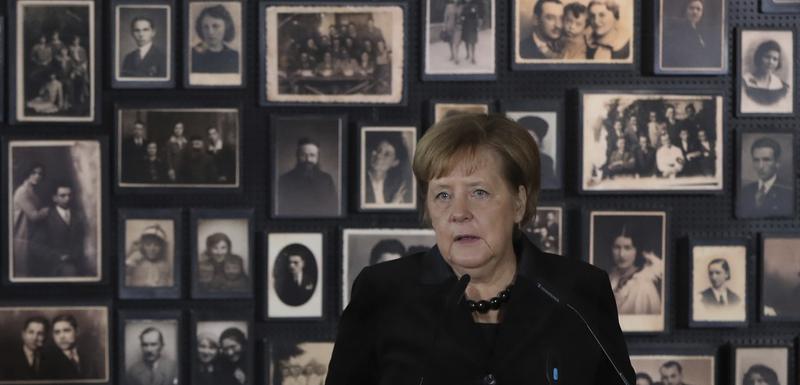 Merkel tokom posjete Aušvicu