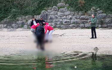 Ronioci izvadili tijelo iz vode