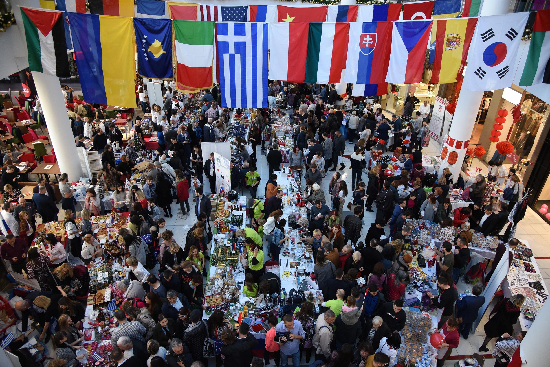 Međunarodni diplomatski humanitarni Božićni bazar