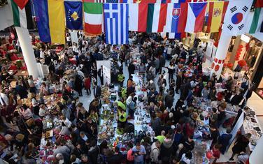 Sa otvaranja Međunarodnog diplomatskom humanitarnog Božićnog bazara