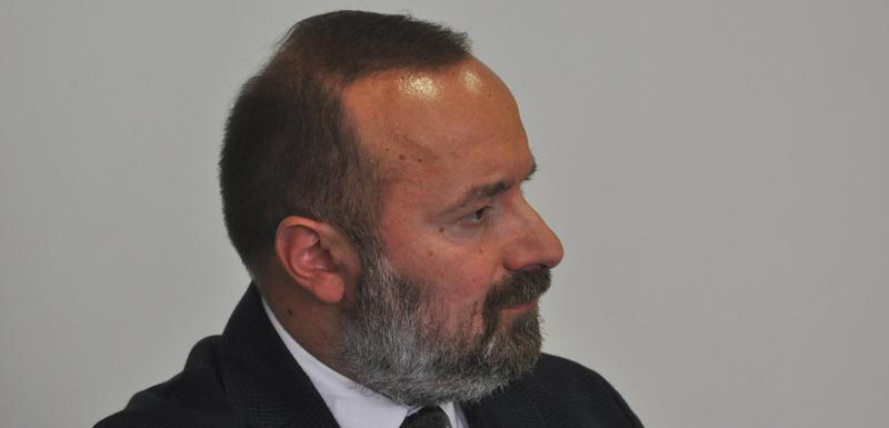 Treba usvojiti zakon o Vladi: Pavićević
