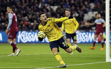 Gabrijel Martineli slavi izjednačujući gol