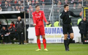 Gomez na meču sa Sandhauzenom
