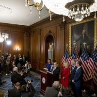 Demokrate optužuju Trampa za zloupotrebu vlasti i opstrukciju rada Kongresa