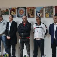 Ćirkovićeva i Vuković sa slikarima iz spuškog zatvora