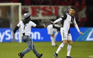 Ronaldo i navijač u Leverkuzenu