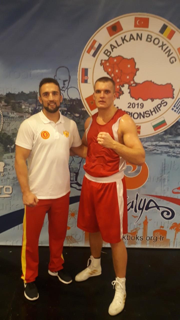 Husović sa selektorom, Boškom Draškovićem