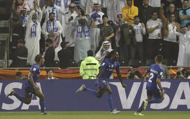 Bafetimbi Gomis slavi gol za Al Hilal