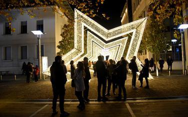Novogodišnji ukrasi u centru Podgorice