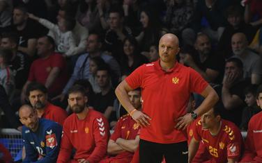 Ne želi da igrače ušuškaju povrede rivala: Zoran Roganović