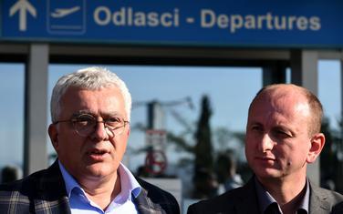 Andrija Mandić i Milan Knežević na podgoričkom aerodromu