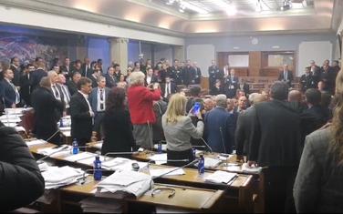 Incident u parlamentu