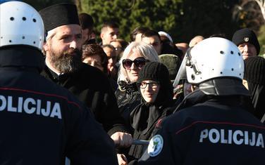 Detalj sa okupljanja kod mosta Blaža Jovanovića