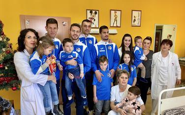 Fudbaleri Sutjeske u posjeti bolnici