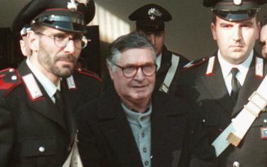 Toto Rina je na božićnoj večeri 1991. objavio rat neprijateljima mafije