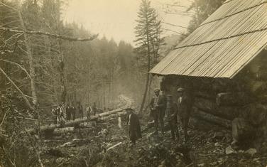 Koliba za radnike u Morači braće Marić