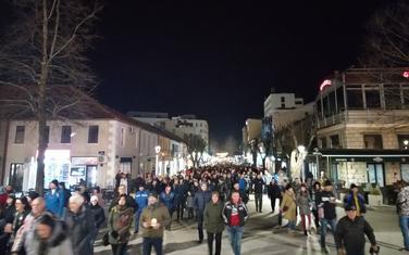 Sa litije ulicama Nikšića