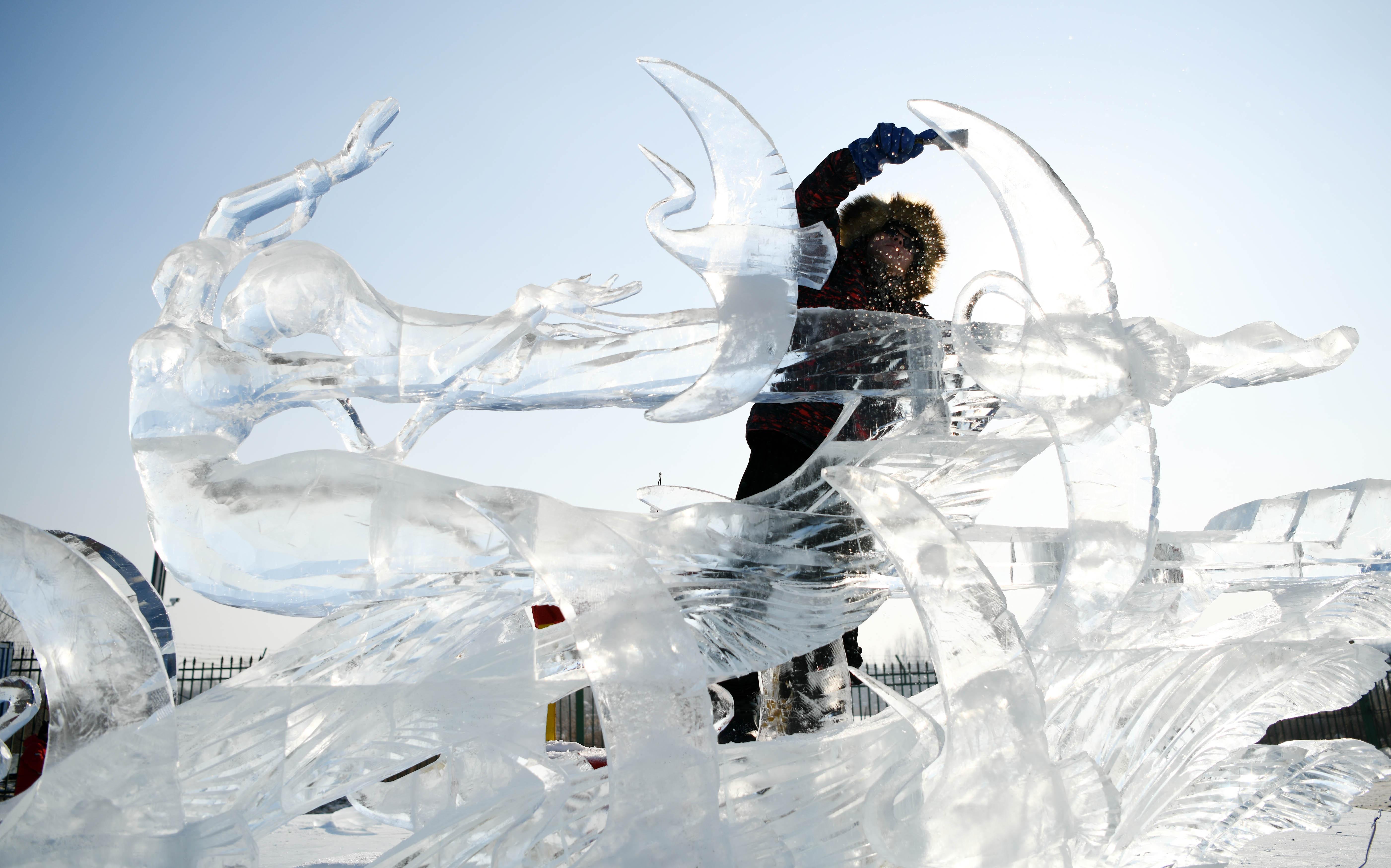 Sa festivala leda i snijega (foto: AP)