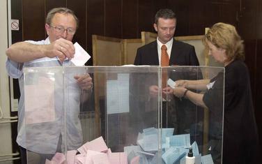 Lokalni izbori najkasnije u septembru: Glasanje u Budvi (arhivski snimak)