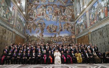 Papa Franjo sa ambasadorima akreditovanim u Vatikanu