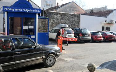 Naplatili četiri miliona na nezakonitoj odluci: Parking servis
