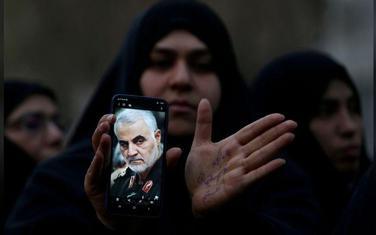 Iranci žale generala