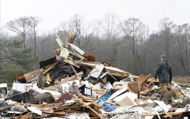 U nevremenu porušene mnoge kuće