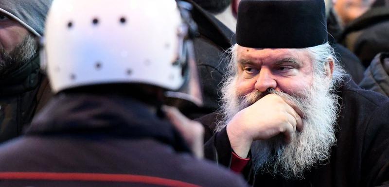 Ulicama crnogorskih gradova prolaze vjerske povorke - litije vjernika Srpske pravoslavne crkve kao vid protesta protiv usvajanja Zakona o slobodi vjeroispovijesti