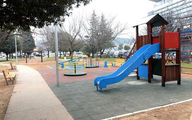 Igralište u Ulici Serdara Jola Piletića