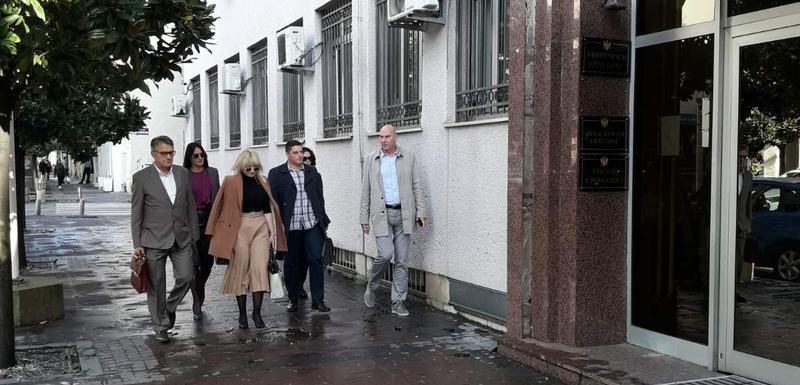 Advokati ispred Višeg suda