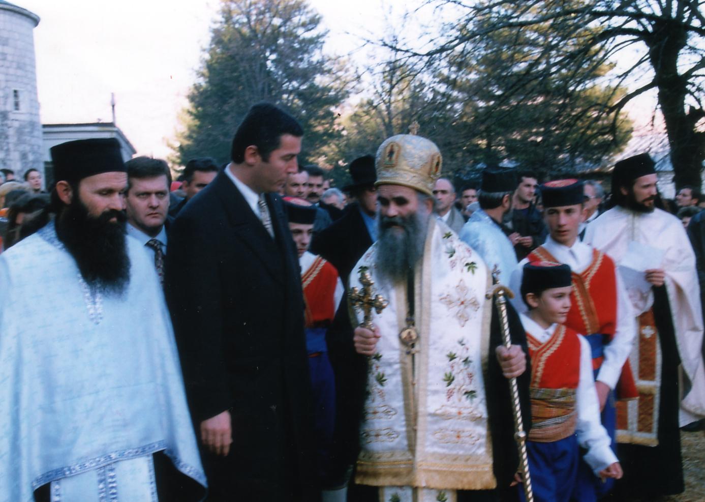 Đukanović i Amfilohije ispred Cetinjskog manastira