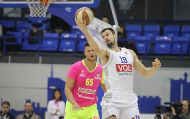 Zoran Nikolić na meču sa Megom