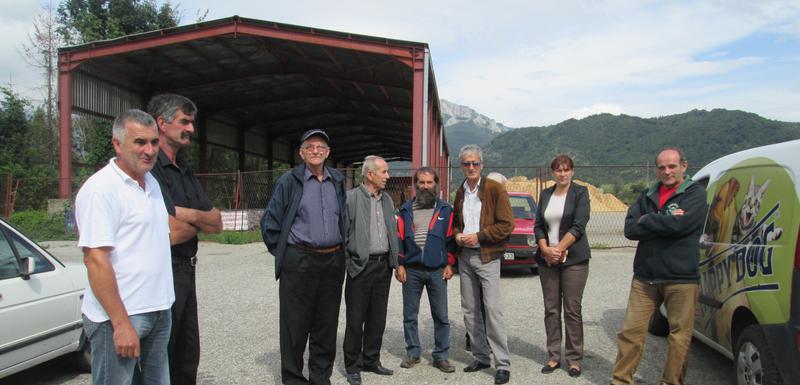 Bivši radnici na jednom od okupljanja ispred fabrike
