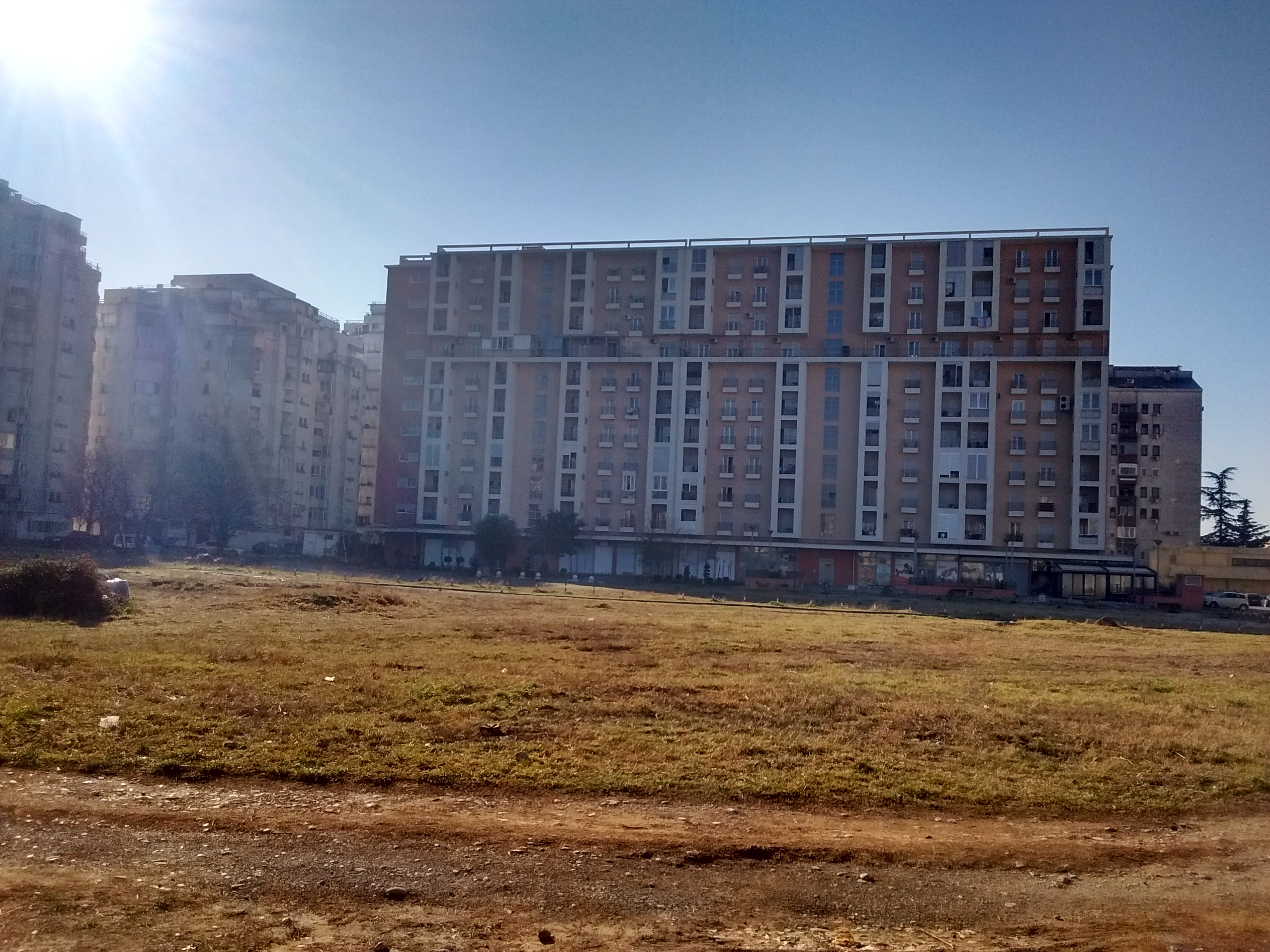 Lokacija budućeg vrtića u Bloku 6, pogled u pravcu juga