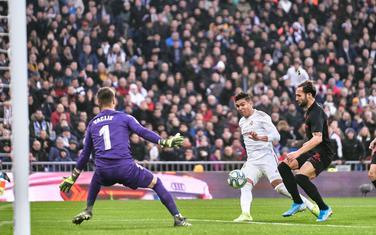 Kazemiro postiže gol za Real