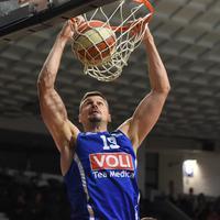 Pogodio 11 od 12 šuteva iz igre: Zoran Nikolić