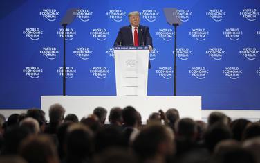 Hvalio se dostignućima svoje administracije: Tramp u Davosu