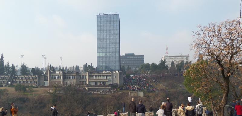 Pogled sa Staroga grada na Hotel PG i poslovni neboder