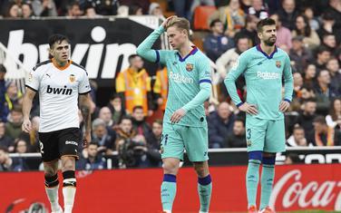 Maksi Gomes nakon drugog gola, nevjerica Pikea i De Jonga
