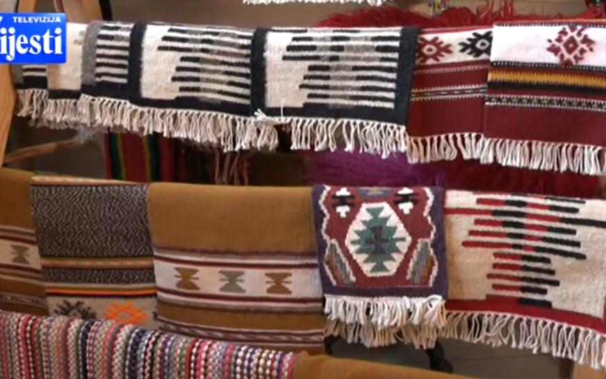 Rezultat slika za U Petnjici čuvaju viševjekovnu tradiciju tkanja ćilima