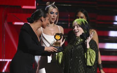 Mladoj pop zvijezdi pripalo je pet nagrada
