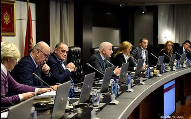 """""""Da različiti stavovi u vezi sa drugim pitanjima ne zasjene jedinstveni evropski kurs"""": Sjednica Vlade"""