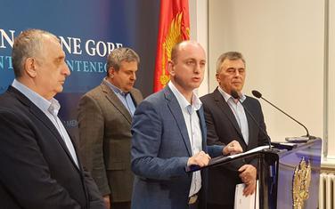 press DF-a: Milan Knežević
