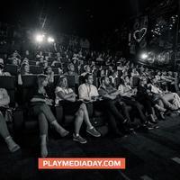 Play Team