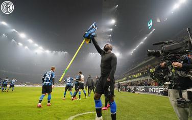 Lukaku slavi sa navijačima gol za 4:2