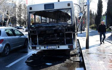 Zapaljeni autobus